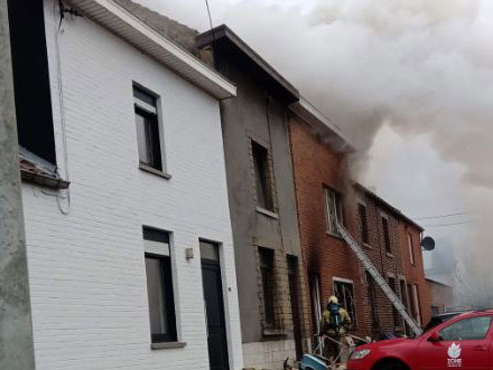 Une cinquantenaire décède dans l'incendie de sa maison à Ransart