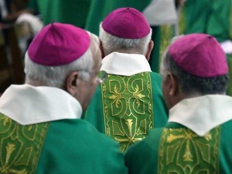 Pédocriminalité dans l'Eglise: le président de la commission Sauvé expose ses travaux devant les évêques