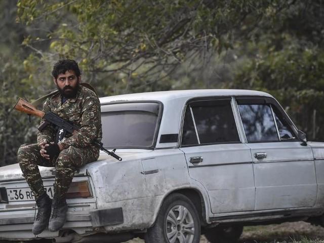 Haut-Karabakh:L'Azerbaïdjan et l'Arménie s'accusent mutuellement de violer le cessez-le-feu
