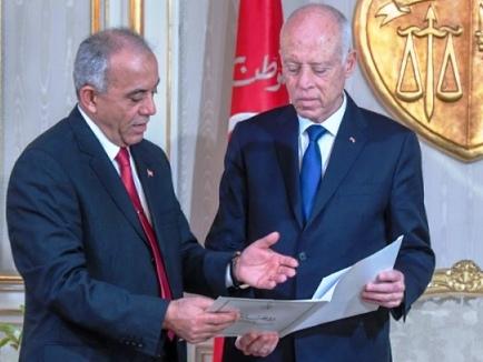 Tunisie – AUDIO: Jemli: Je ne changerai aucun nom de mon gouvernement avant qu'il n'ait obtenu la confiance à l'ARP