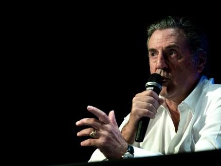 Cinéma: Daniel Auteuil évoque avec humour les étapes de sa carrière