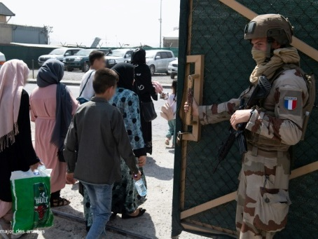 Exfiltrés d'Afghanistan: la peur, la violence et le remords