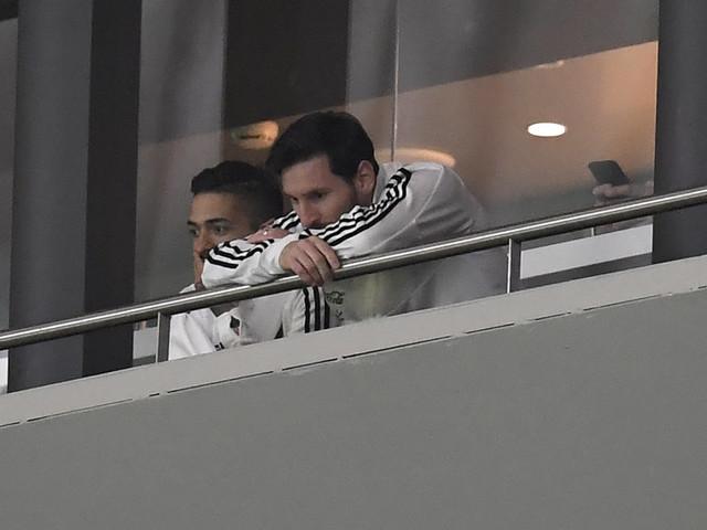 À 6-1 pour l'Espagne contre l'Argentine, Messi a préféré discrètement quitter la tribune