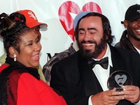 """La chanteuse Aretha Franklin """"gravement malade"""" est hospitalisée à Détroit"""