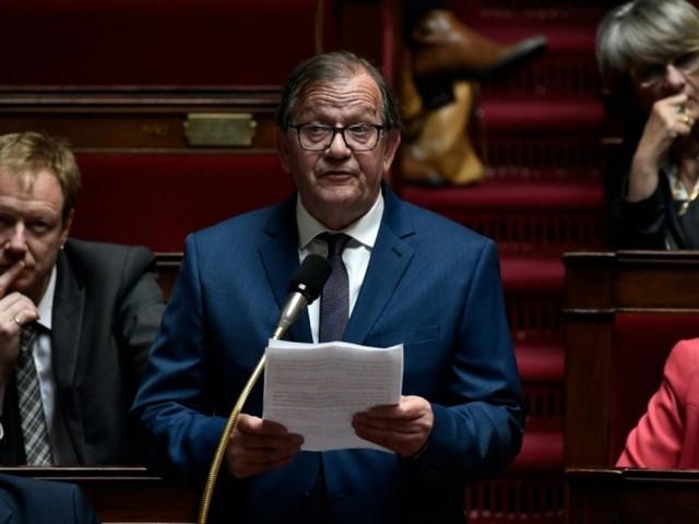 """Un député passe six heures aux urgences """"incognito"""" et dénonce une situation """"dramatique"""""""