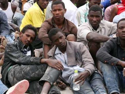 Migrants en Libye: Amnesty accuse les gouvernements européens de «complicité»