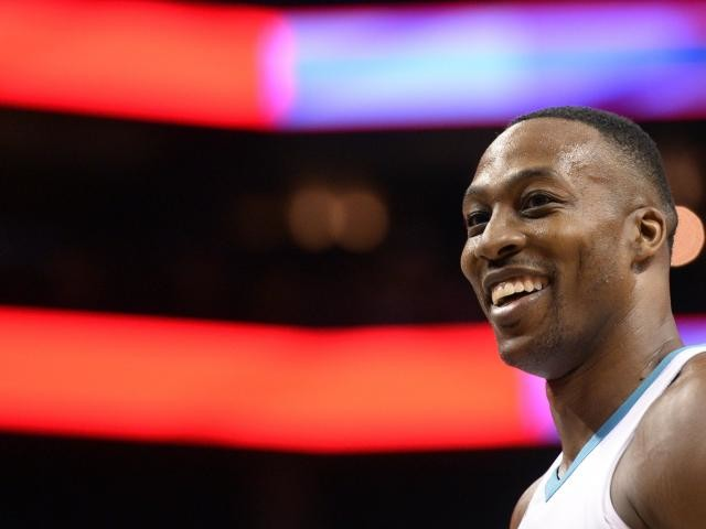 Basket - NBA - NBA : Dwight Howard signe aux Los Angeles Lakers