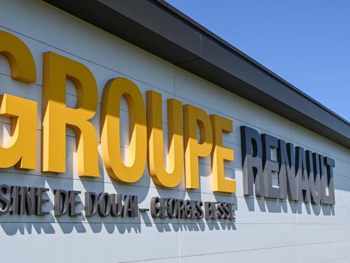 Séisme chez Renault: le constructeur veut supprimer 15.000 emplois dans le monde, y compris en France