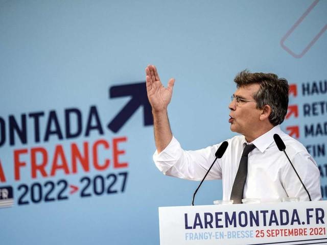 Suivez en direct l'émission «Questions politiques» avec Arnaud Montebourg