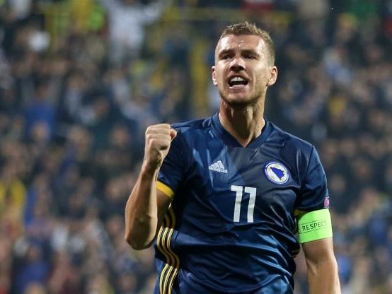 Foot - L. nations - Ligue des nations : le doublé d'Edin Dzeko (Bosnie-Herzégovine) face à l'Irlande du Nord (2-0) en vidéo