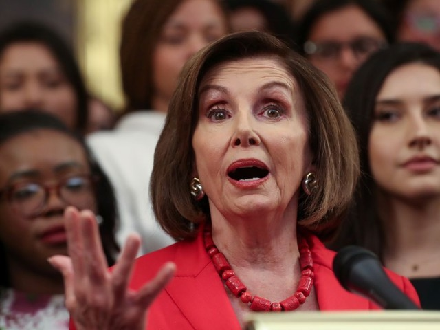 """Impeachment"": Nancy Pelosi accuse Donald Trump de corruption"