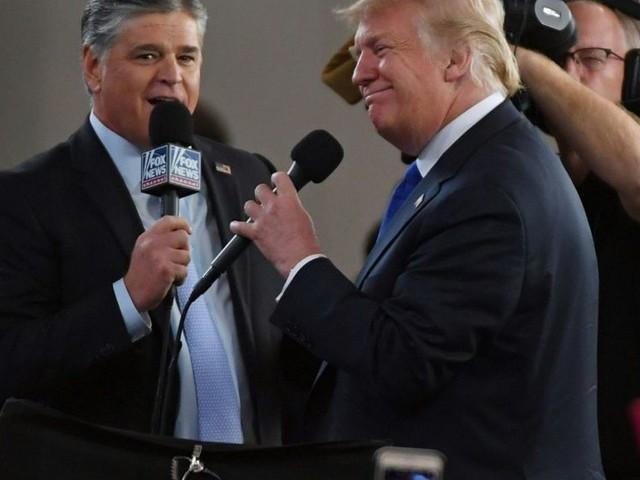 Après sa longue idylle avec Fox, Trump fait les yeux doux à une chaîne plus jeune: One America News Network