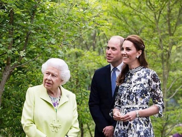 Kate Middleton : Les détails de sa rencontre avec Elizabeth II avant son mariage sont dévoilés