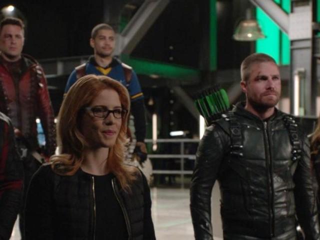 Arrow saison 8 : Le tournage de la série est terminé, les showrunners adressent un message bouleversant à l'équipe
