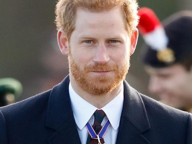 Prince Harry inquiet pour la santé du prince Charles et la reine Elizabeth II, un ami de Meghan Markle se confie