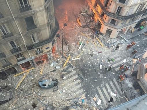 """Un an après l'explosion de la rue de Trévise à Paris, le """"chemin des croix"""" des sinistrés"""