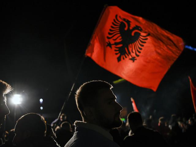 Kosovo: la longue route d'Albin Kurti jusqu'aux portes du pouvoir