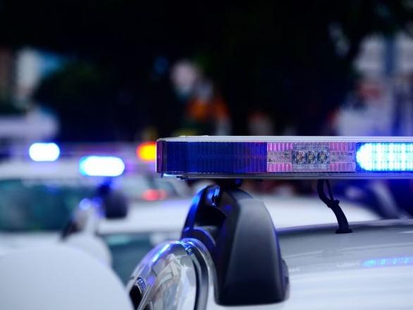 Affaire du braqueur tué: une soixantaine d'individus prennent d'assaut un hôtel de police à Marseille