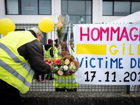 """""""Gilets jaunes"""": hommage en Savoie à Chantal Mazet, décédée il y a un an"""