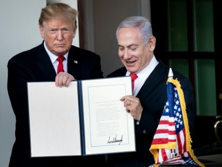 Les Palestiniens menacent de se retirer d'Oslo si Trump annonce son plan