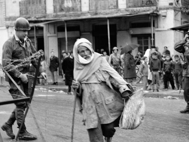 """Michel Cornaton dénonce le """"mensonge d'Etat"""" dans une """"guerre sans nom"""""""