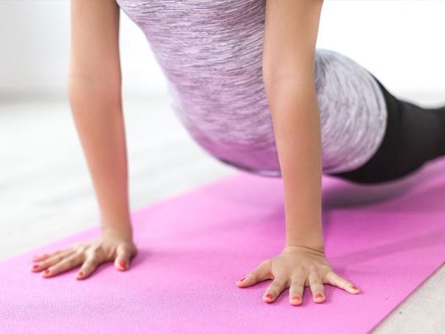 Soulever des poids seulement une heure par semaine réduit votre risque de crise cardiaque et d'AVC