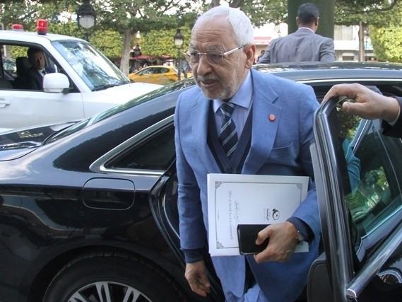 Tunisie – Ghannouchi réitère le refus d'Ennahdha de faire partie d'un gouvernement qui comporte des éléments de 9alb Tounes