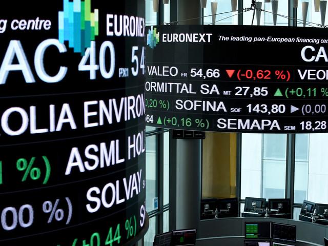 La Bourse de Paris cède du terrain