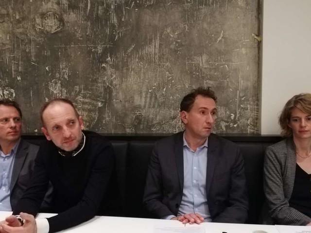 Municipales à Bordeaux: Feltesse abat sa carte sociale