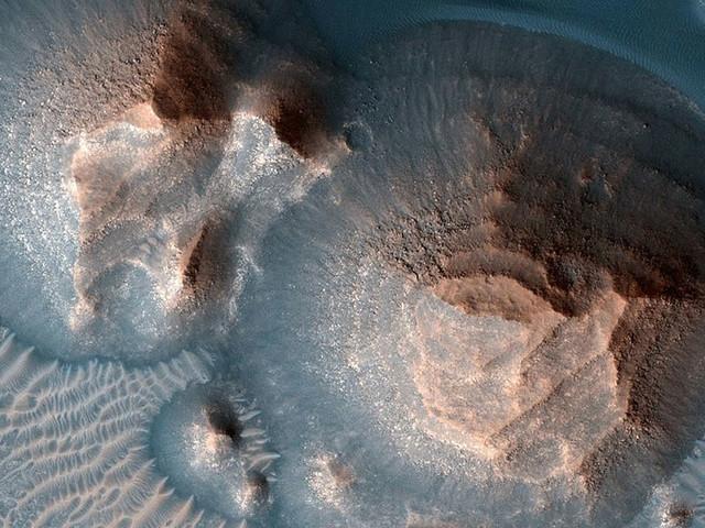 Des milliers d'anciennes super-éruptions repérées sur Mars