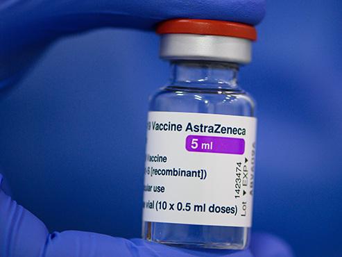 Coronavirus: la Commission européenne et AstraZeneca trouvent un accord sur la livraison de vaccins