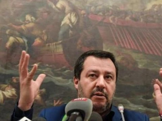Italie: premier vote en commission du Sénat contre un procès de Matteo Salvini