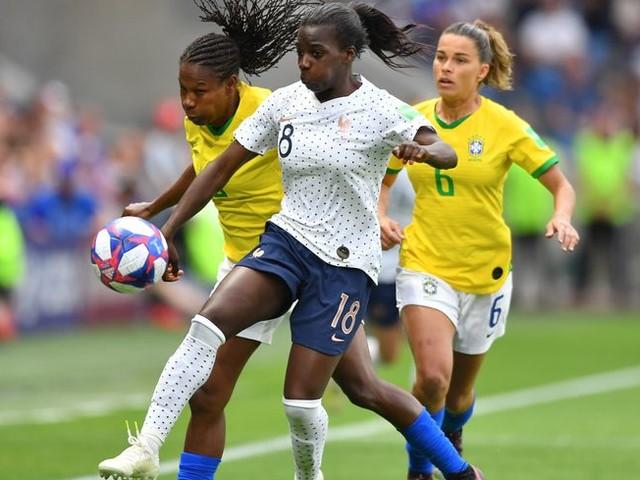 Quatre footballeuses des Girondins de Bordeaux appelées en équipe de France féminine, un record