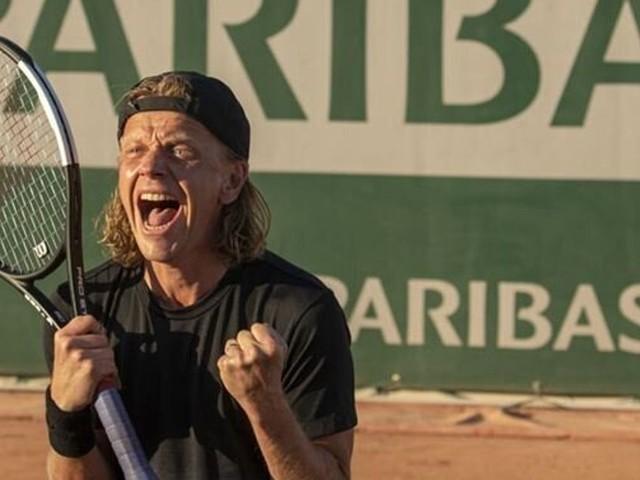 """Dans """"5e set"""", Alex Lutz incarne un tennisman déchu"""