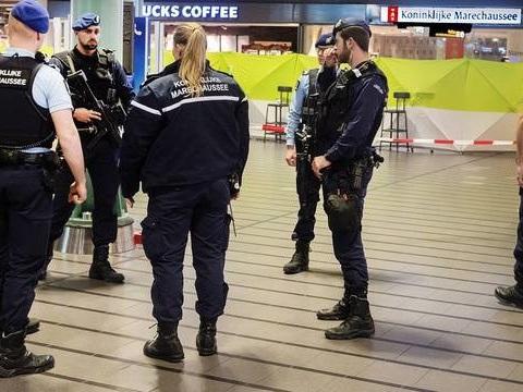 Pays-Bas: Un Autrichien est soupçonné d'avoir retenu captive une famille découverte dans une ferme