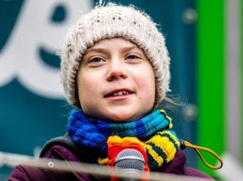 """Greta Thunberg se dit """"probablement"""" porteuse du nouveau coronavirus"""