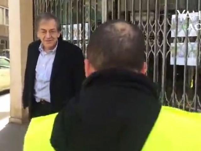 Vague d'indignation et messages de soutien à Alain Finkielkraut violemment insulté par des gilets jaunes dans une vidéo