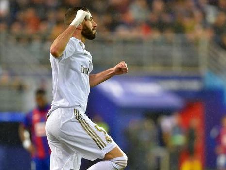 Espagne: Benzema et le Real Madrid marchent sur Eibar et prennent la tête