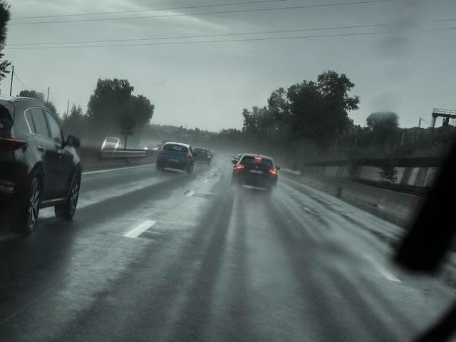 Trois provinces wallonnes en alerte: risque de pluies verglaçantes ce vendredi avant une remontée des températures, voici les prévisions météo