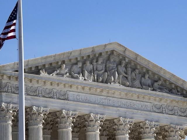 La Cour Suprême, meilleur allié de Trump sur l'immigration