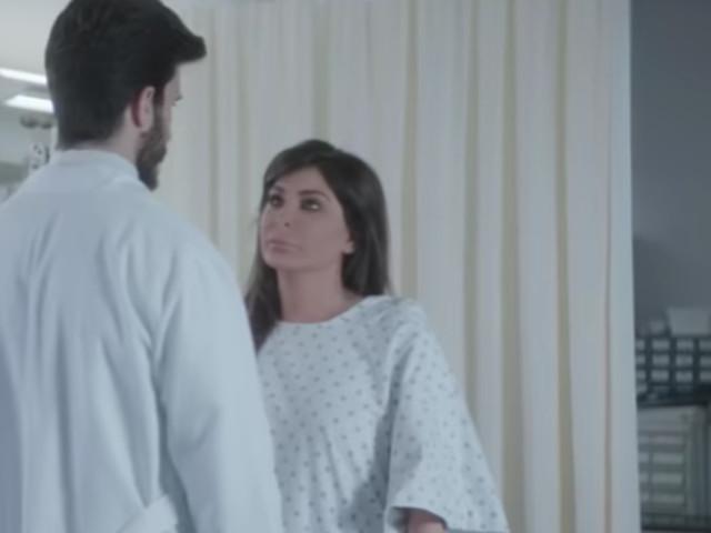 Dans son nouveau clip, Elissa révèle avoir vaincu un cancer du sein