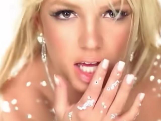 Tant que Britney Spears est sous tutelle, faut-il encore écouter sa musique?
