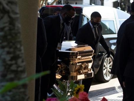 Etats-Unis: la police au banc des accusés après la mort de George Floyd