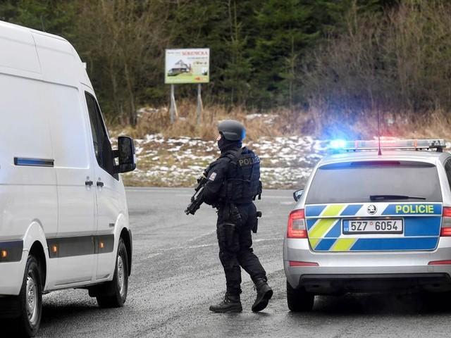 République tchèque : six morts dans une fusillade dans un hôpital