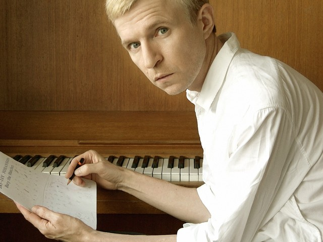 Jay-Jay Johanson – Bury the Hatchet