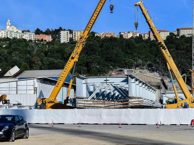 Il y a un an, le pont de Gênes s'effondrait : l'Italie rend hommage aux 43 victimes du drame