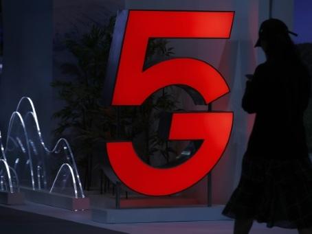 5G: l'État annonce le prix minimum, accueilli fraîchement par les opérateurs