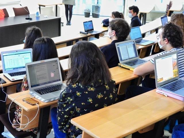 Vous êtes étudiant boursier à Lille ? Voici comment bénéficier d'un accès gratuit à internet