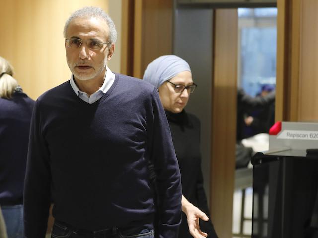 """L'appel international de soutien à Tariq Ramadan, un """"discours aux effluves complotistes"""""""