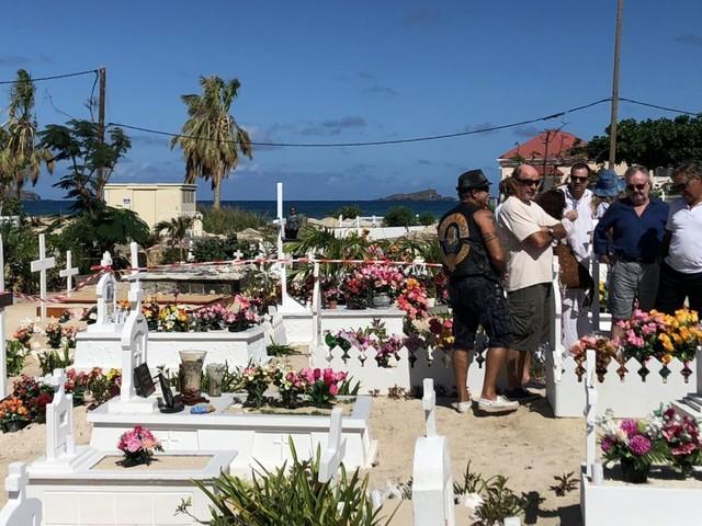 Obsèques de Johnny Hallyday : Dernière cérémonie, intime, à Saint-Barthélemy